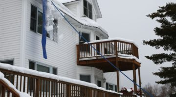 Avalanche – Original Roof Snow Removal System Review: Must Read Before You Buy